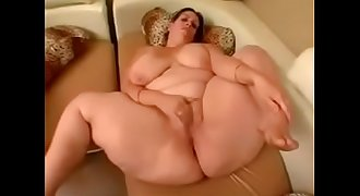 Hot chicks at 3mystuff.com - Nice BBW Playing With Herself